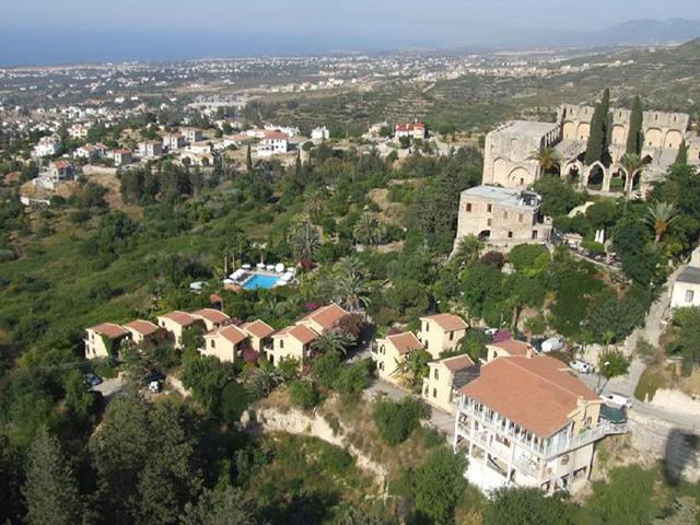 bellapais_manastiri