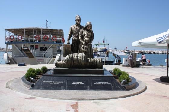 mübadiller anıtı